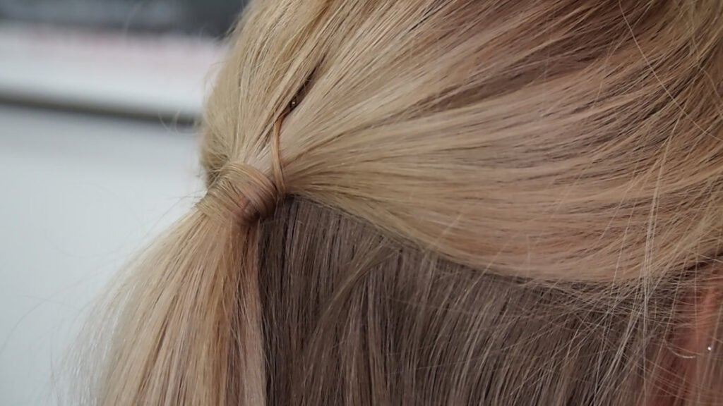 4 Quick & Easy Everyday Hairstyles For Your Work Week -