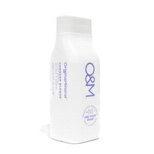 O&M Conquer Blonde Silver Masque - Newcastle Hair Salon - Blanc Hair Studio